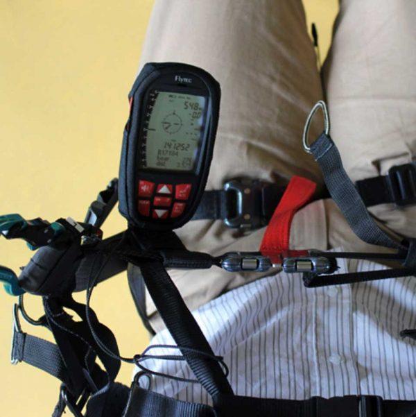 Flytec_harness_bracket_installed_view