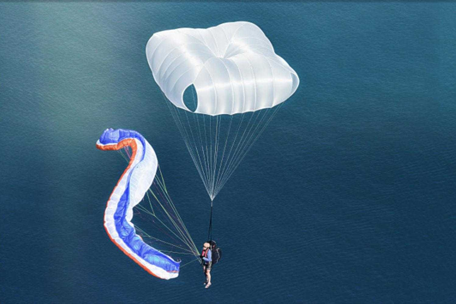 Reserve_parachute_for_Paraglider